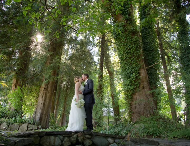 Dean & Amanda's Wedding at Rowena's Inn on the River