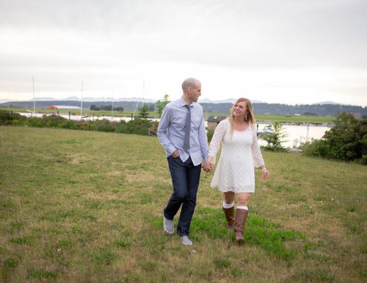 A Elgin Park / Stewart Farm Engagement Session