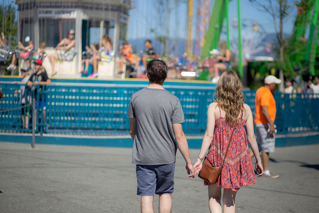Engagement-Photo-Session-Playland-PNE-Vancouver-1