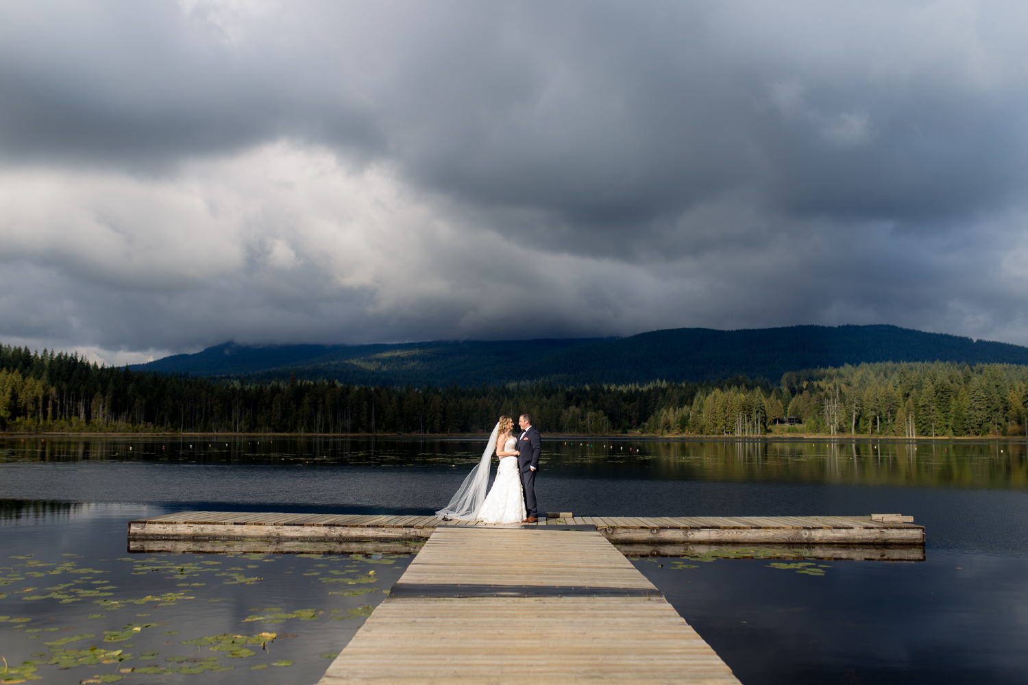 Dress without the Stress at Whonnock Lake [Maple Ridge Wedding Photographer]