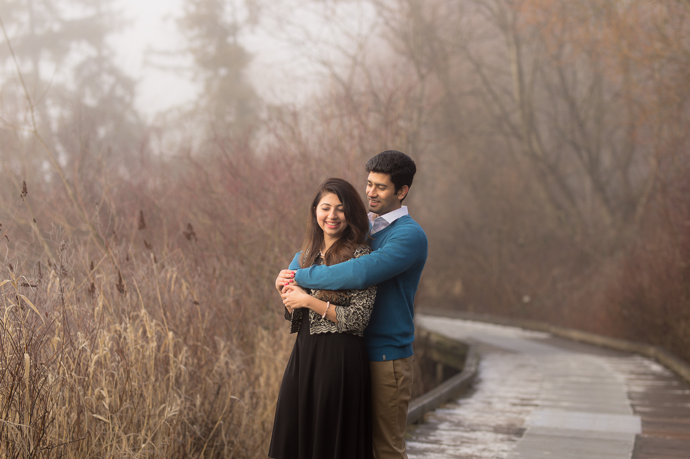 A Deer Lake Winter Engagement Session